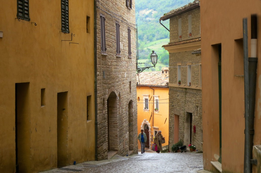 Serra San Quirico streets in Italy