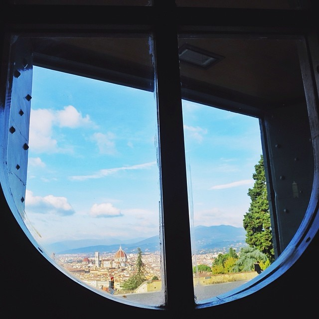 [Spying on the duomo] One killer must-see spot in Florence is this gorgeous church just passed Piazzale Michelangelo. Many claim San Miniato al Monte to be their favorite church in the whole city...it's one of my top! #yousaydomeisayduomo #latergram #whatitalyis