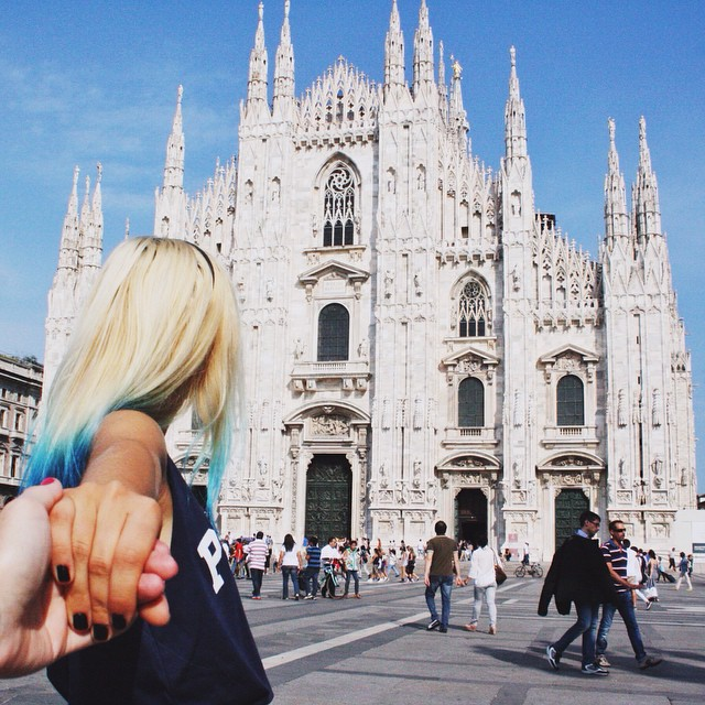 #Meetmeinmilan with @andykate! We're off to Micam, the international footwear fair in Milan. Who else loves shoes?! #yousaydomeisayduomo #aroundmi #followmeto