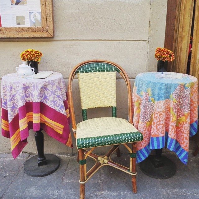 While it's pouring rain out let's remember the brighter days of Florence! #takeaseat