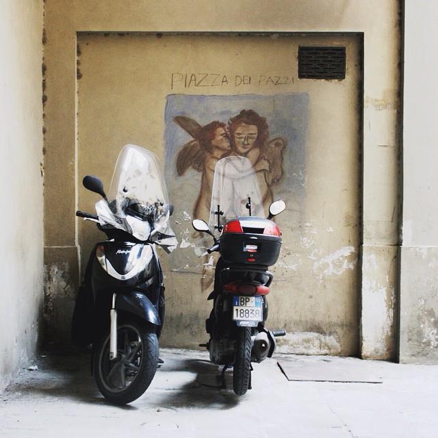 Piazza dei Pazzi #streetart #florence