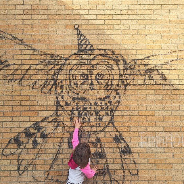 Another piece by Amy Ringholz @ringholzstudios and even better, an owl is my niece's favorite animal. #beapartofstreetart #jacksonhole