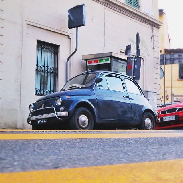 #dietrolalineagialla is dedicated to @nicolacarmignani and #blellow for @gummyting! Good morning good people of Instagram! And how can I forget #findyourfiat for @cucinadigitale!